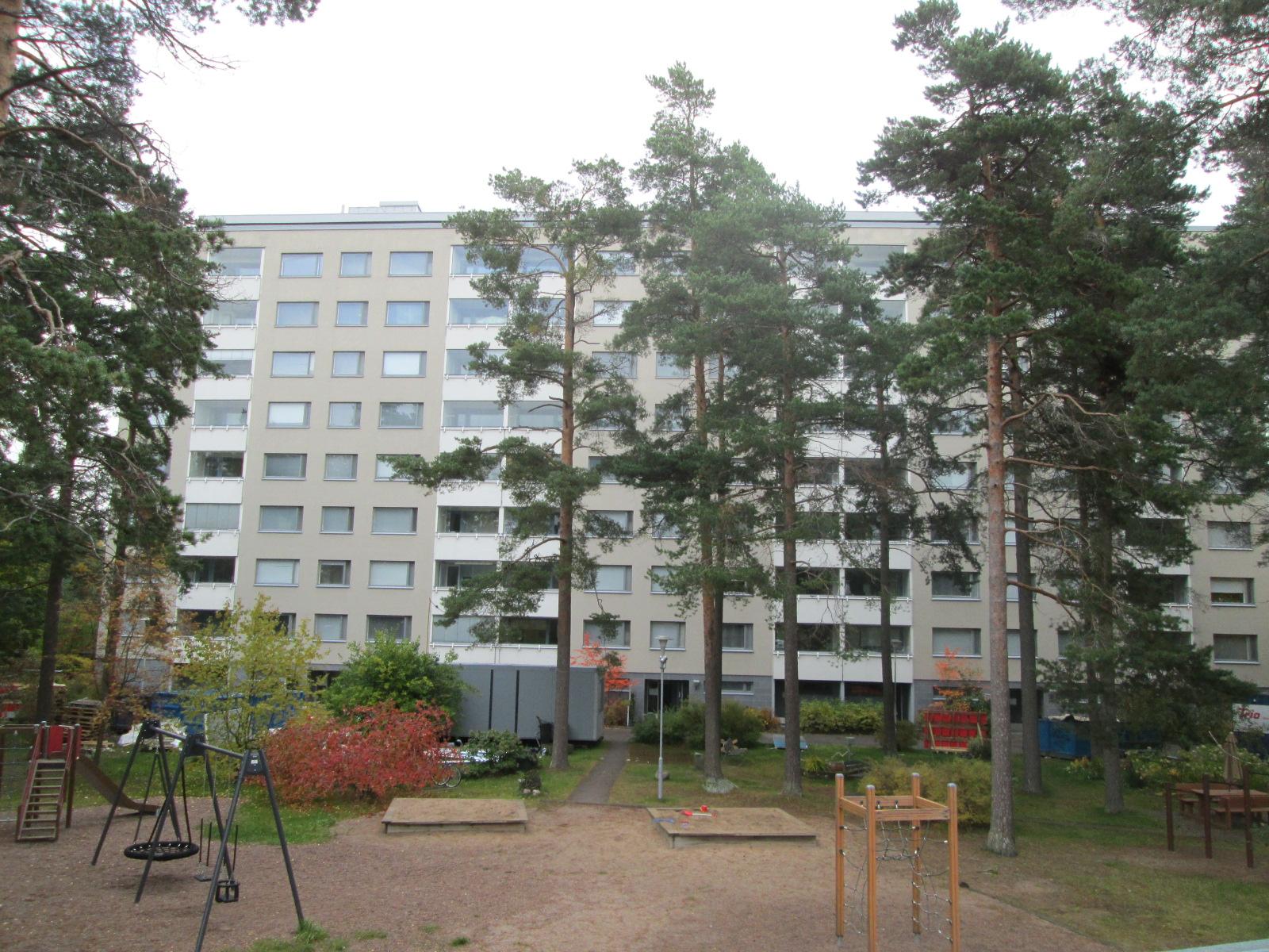 Kaarikuja 5 F, 00940 Helsinki   2h, keittiö, kph, parveke
