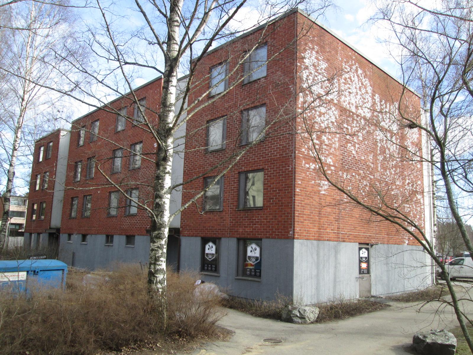 Leenankuja 2, Espoo Matinkylä. 2h, keittiö, vh, kph, parveke 59,5m²