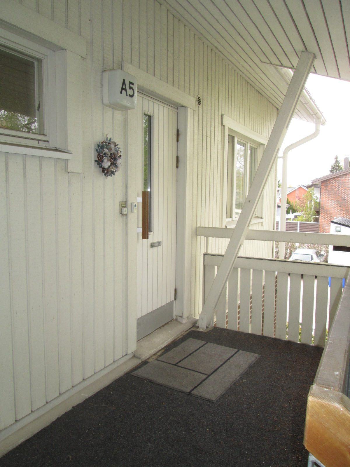 58,5 m² Lauhatie 1 A, Viertola, Vantaa 2h, keittiö, sauna, kph,wc, vh, parveke. Vh 187 953 €