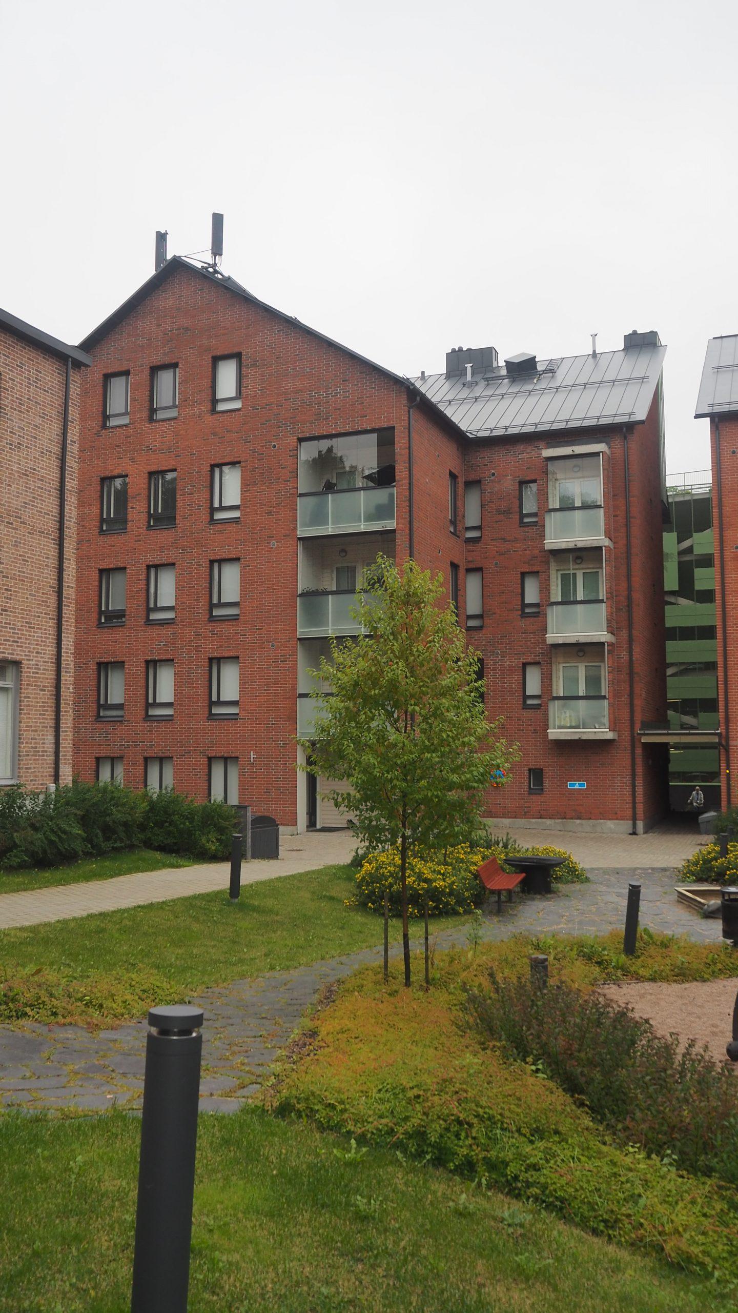 Suviniitynkatu 4 A, Espoon keskus, Espoo 2h, keittiö, sauna, kph 189 988 € 46 m²